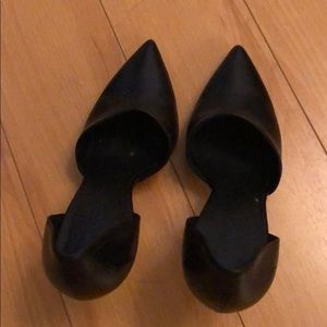 Vince black pumps - gently worn